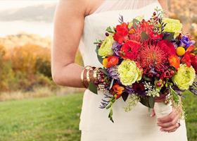 秋季婚礼新娘用花